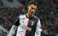 Ronaldo Messini qabaqladı, tarixin ən yaxşı futbolçusu seçildi