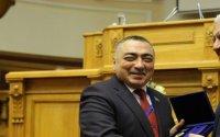 Milli Məclisin deputatı övladlarının təhsili üçün ildə 300 min dollar pul xərcləyir — ŞOK İDDİA