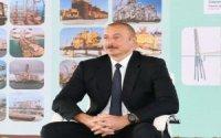 """İlham Əliyev: """"Neftçilərimizin əməyi Azərbaycan xalqının maraqlarına xidmət edir"""""""