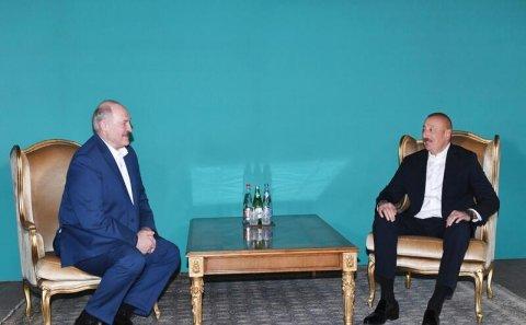 Lukaşenkonun Bakı səfərinin hədəfi: Belarus Türk Şurasına doğru...